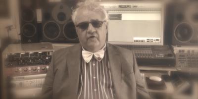 Dick Jongman in de clip van 'Culturele Hoofdstad van mijn dromen'. AFBEELDING YOUTUBE.COM