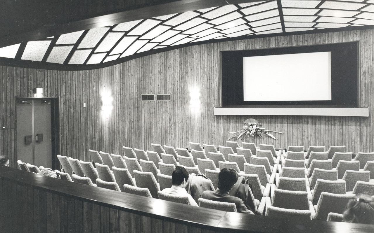 Een oude bioscoopzaal.