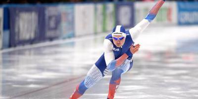 Koelizjnikov solo naar winnende tijd op 500 m