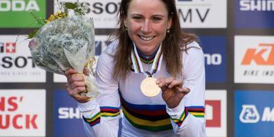 Van Vleuten: flauwgevallen bij dopingcontrole
