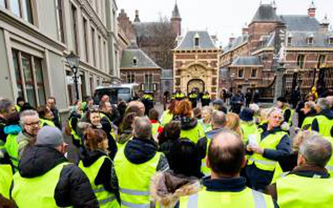 Arrestaties den haag bij protest 39 gele hesjes for Uit agenda den haag