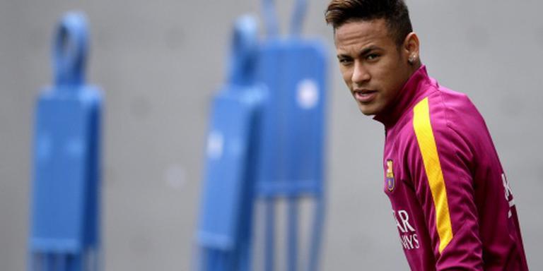 Neymar verlengt contract bij Barcelona