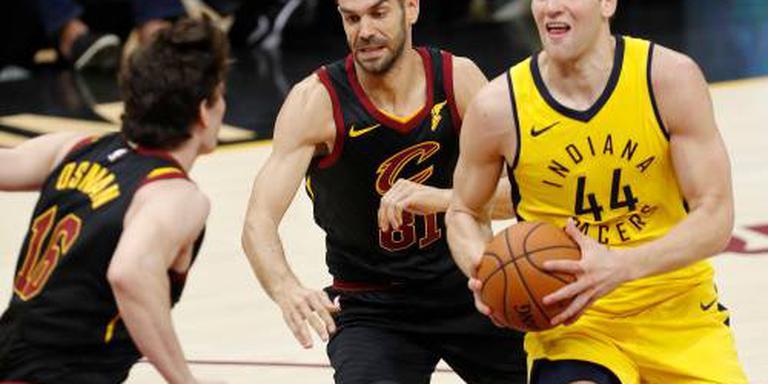Harden redt Rockets, valse start Cavaliers