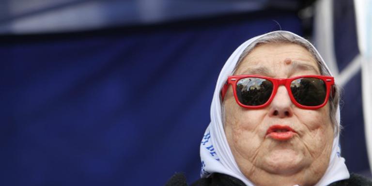 Voorzitter Dwaze Moeders voorlopig vrij