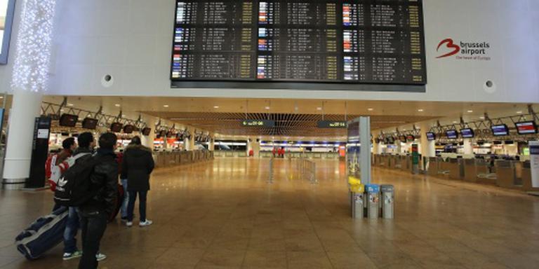 Drie bompakketten in vertrekhal Brussel