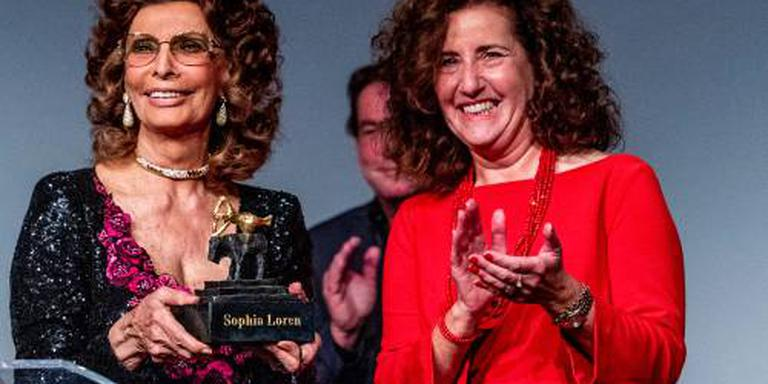 Sophia Loren ontvangt Grand Acting Award