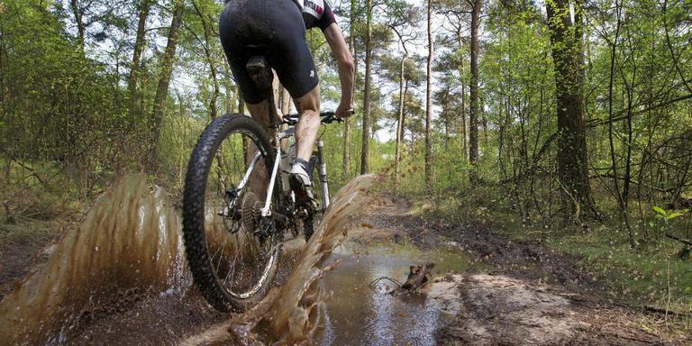 Afbeeldingsresultaat voor Mountainbike foto's