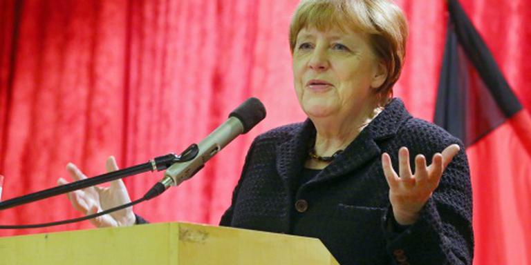 Brandbrief over vluchtelingenbeleid Merkel