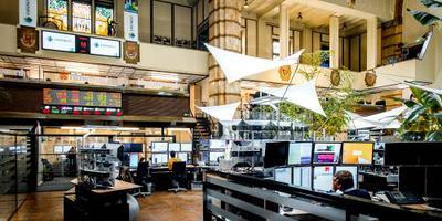 Philips hekkensluiter in lagere AEX