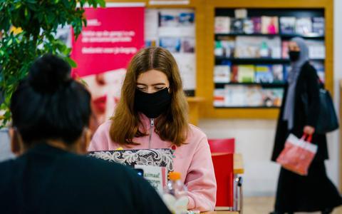 Waar en wanneer moet je een mondkapje dragen? Dit moet je weten over de mondkapjesplicht die dinsdag ingaat