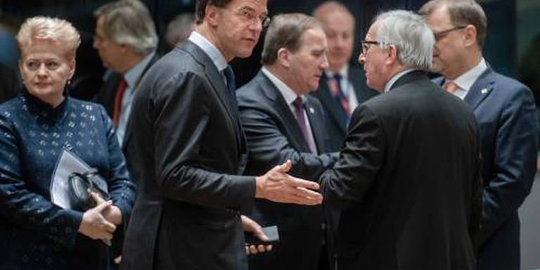 Juncker tegen Rutte: help Roemenië Schengen in