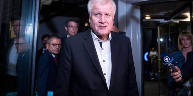 Seehofer wacht overleg met CDU af