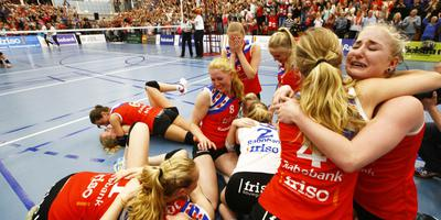 Sneek viert volleybaltitel van de hele vereniging