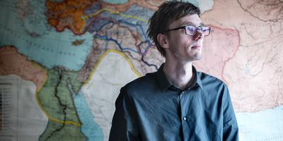 Pieter Nanninga: ,,Door hun videoboodschappen te bestuderen kun je beter begrijpen wat er achter die terreur zit.'' FOTO SIETSE VEENSTRA
