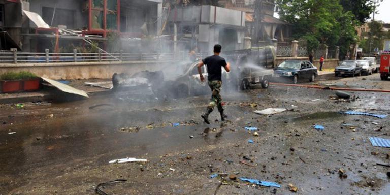 Hevige luchtaanvallen op rebellen bij Aleppo