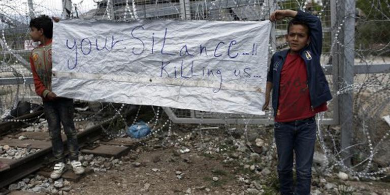 Grieken beginnen met ontruiming kamp Idomeni