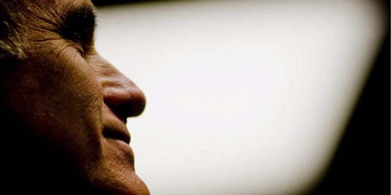 Romney haalt hard uit naar 'oplichter' Trump