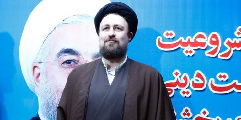 Kleinzoon Khomeini niet op stembiljet in Iran