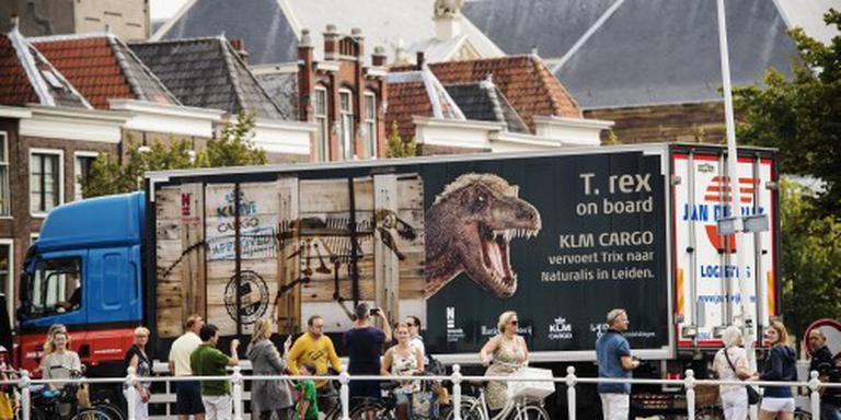 T. rex Trix aangekomen in Naturalis Leiden