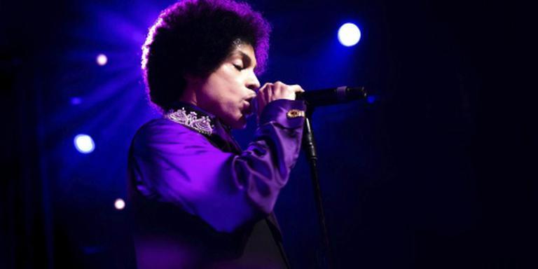 Aangepaste programmering om overlijden Prince