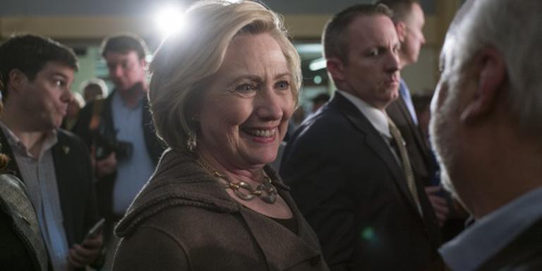 Clinton pleit voor nieuwe sancties tegen Iran