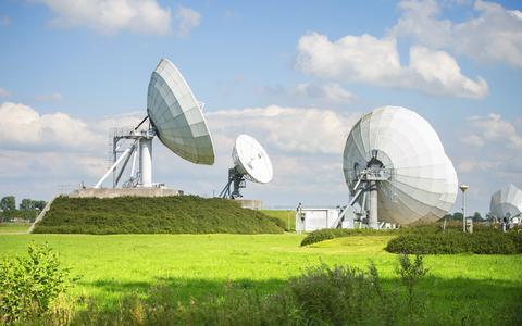 Waarom Inmarsat al miljoenen euro's uitgaf om de satellietinstallatie in Burum mogelijk naar Griekenland te verplaatsen