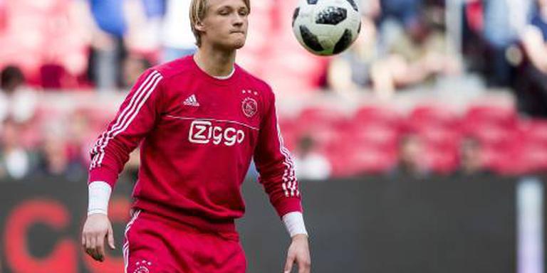 Ajax zonder Dolberg naar Luik