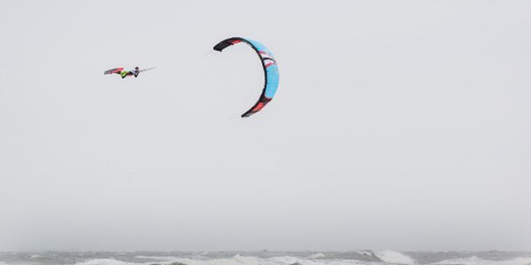 Belgische kitesurfer ernstig gewond