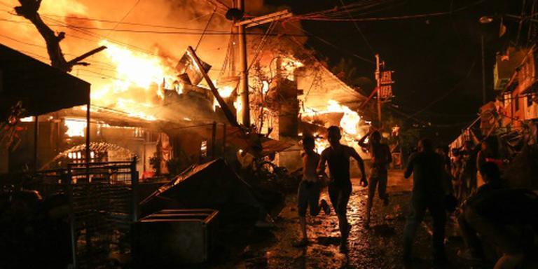 Duizenden Filipino's dakloos door branden