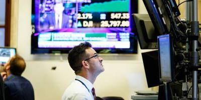 Tech hoger op rood Wall Street