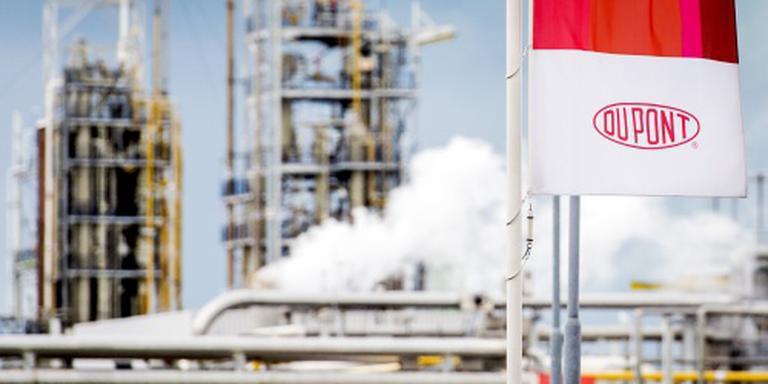 Brussel onderzoekt fusie Dow en Dupont