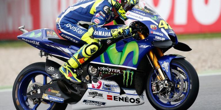 Rossi crasht in regenrace TT