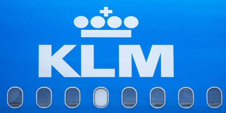 KLM-vliegtuig wijkt uit om ziek kind