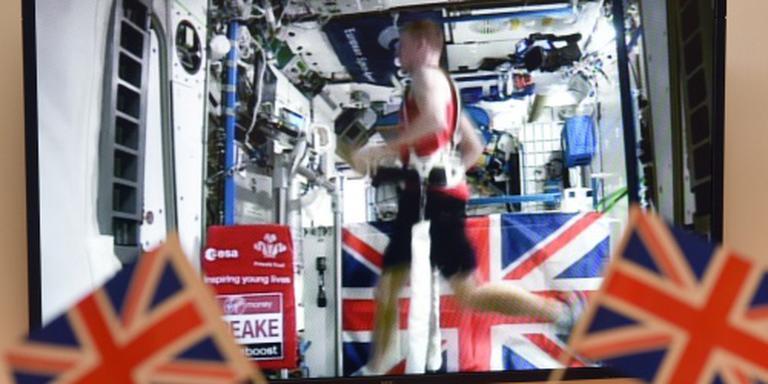Amerikaan, Brit en Rus uit ISS weer thuis