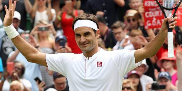 Federer in anderhalf uur verder