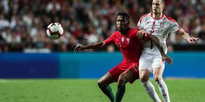 Portugal speelt weer gelijk, Ronaldo valt uit