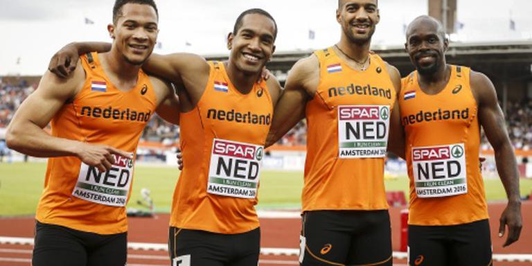 Mannen sprinten naar finale 4x100 estafette