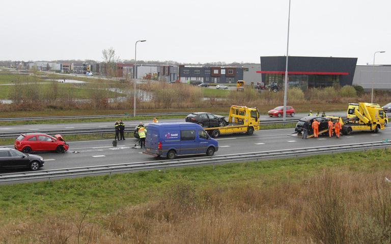 Botsing op A7 Drachten richting Groningen - zeven autos betrokken.