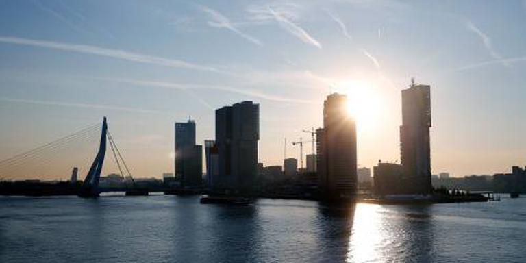 Minder buitenlandse bedrijven naar Rotterdam