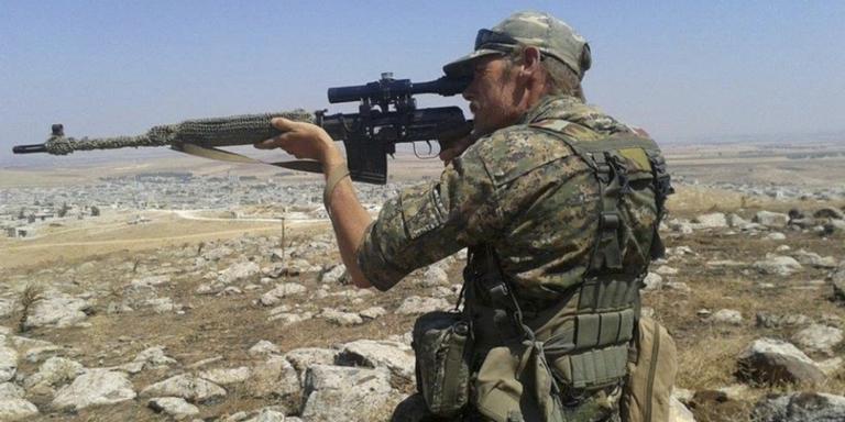 Jitse Akse in actie in Syrie. FOTO FACEBOOK