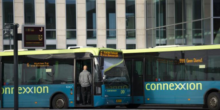 Ruim 40 buschauffeurs bij staking Almere