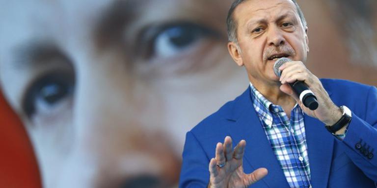 Turkije 'pakt IS en Koerden meedogenloos aan'