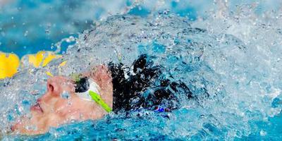Toussaint zwemt bij terugkeer naar WK-limiet