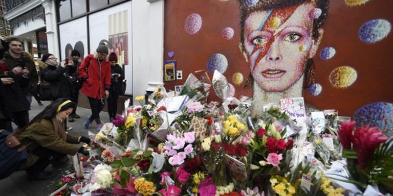 'David Bowie kort na dood gecremeerd'