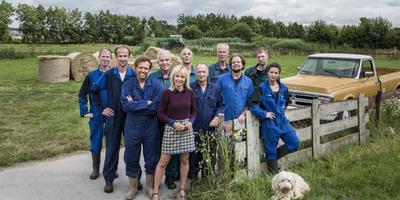 De tien boeren van seizoen 2019-2020 met presentatrice Yvon Jaspers.