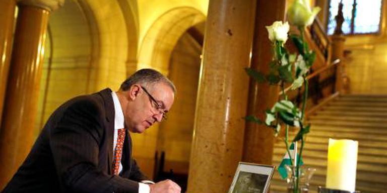 Aboutaleb tekent condoleanceregister Lubbers