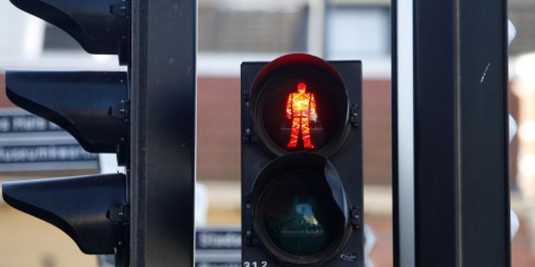 Crimineel gepakt na negeren voetgangerslicht