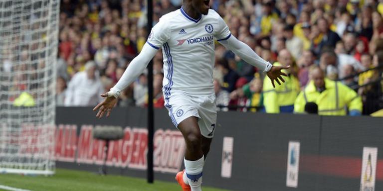 Benauwde zege Chelsea in League Cup