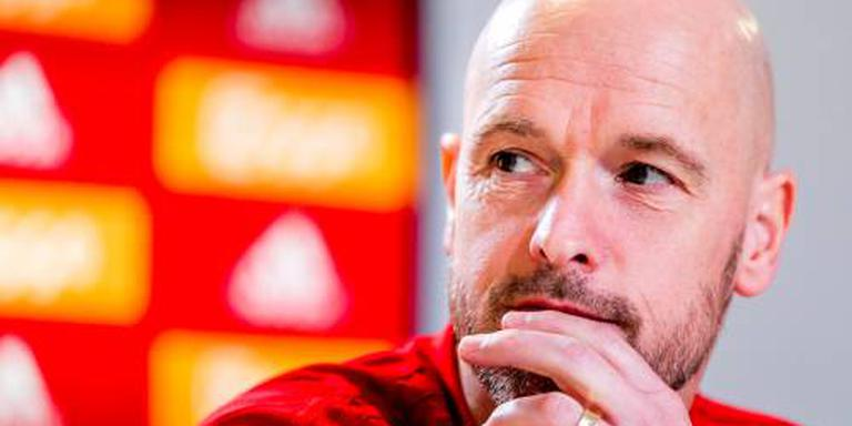 Ten Hag wijst internationals op belangen Ajax