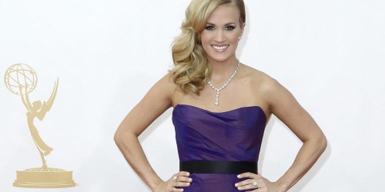 Carrie Underwood wint meeste CMT Awards